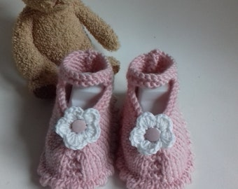 1 pair of Ballet shoe pink and white flower for baby