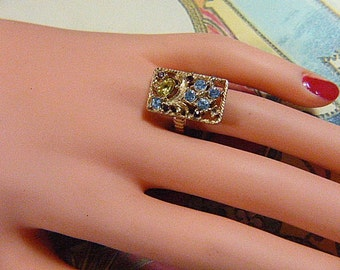 Vintage Gold Ring With Blue and Purple Rhinestones - Size 6 - R-191 - Blue Rhinestone Ring - Solitaire Ring - Rectangular Ring - Rectangle