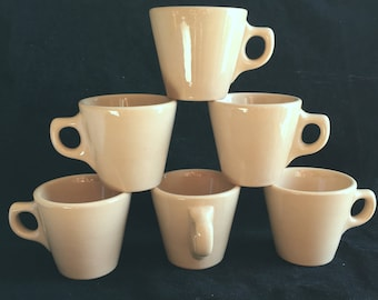 Walker China Diner Restaurant Hotel Toltec Tan 6-oz Coffee Mugs (Set of Six) in Excellent Condition