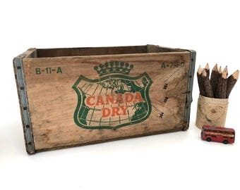 Canada Dry Wood Crate - Vintage Wood Box - Wood Crate - Advertising - Soda Crate - Display - Storage - Home Decor - Collectible