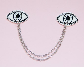 Black and White Eyes Collar Clip Set w/ Chain