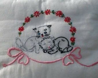 Primitive Hand Embroidered Daisy Chain Christmas Cozy Kittens Pillow by Rokstudy, Ju's Creations