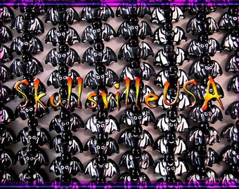 12 Acrylic Bat Beads