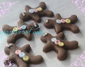 Christmas Cake Topper - Mini GingerBread Men- Edible Cupcake Topper