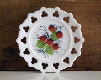 Vintage Kemple Milk Glass Plate