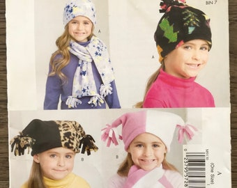 UNCUT Baby Toddler Child Hat, Scarves and Mittens Sewing Pattern McCall's 9130 Winter Hat, Snow Hat, Cold Weather, Winter, Christmas Gift