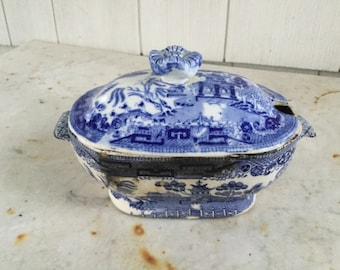 Vintage Blue Willow Tureen *SMALL*