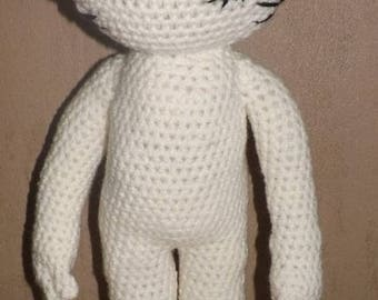 Tutorial for crocheting this cat doll (sans clothes)