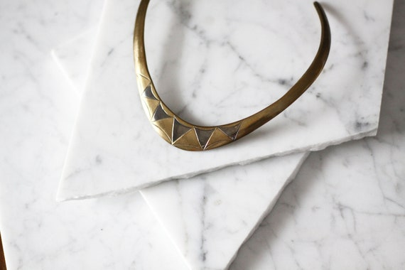 1970s brass triangle choker// 1970s brass choker // vintage jewlery
