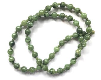 Faux jade necklace. Green beaded necklace. Long necklace. Vintage jewelry. Jade jewelry. Alternative March birthstone. Birthday gift for her