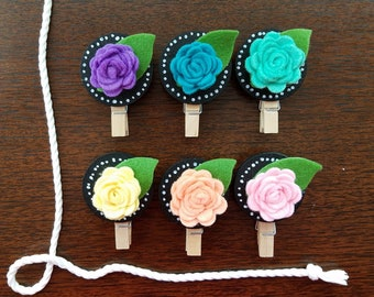 Handmade Felt Flowers Chalkboard Clothespins Clothesline, Baby Wedding Shower Gift, Rainbow Flowers, Chunky Mini Clothespin Clips, Set of 6