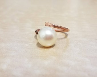 Pearl Ring, Adjustable Pearl Ring, Copper Ring, Adjustable Copper Ring,Gift for her, Mother, Daughter, Grandmother, Elegant Ring,Simple Ring