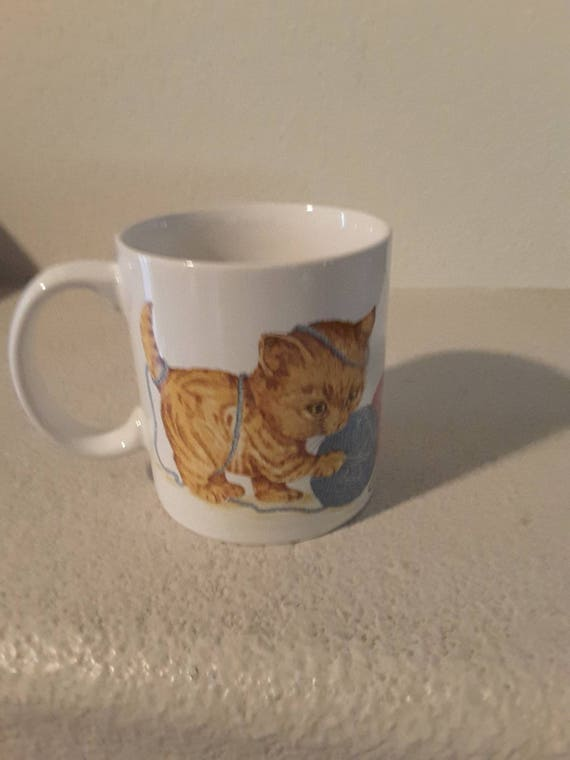 Kittens and yarn otagiri mug design gibson greeting cards inc m4hsunfo Choice Image