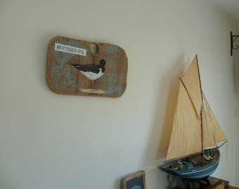 Oystercatcher-pie painted on Driftwood plywood wreck