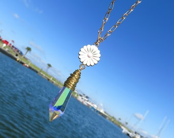 Aurora Borealis Crystal Prism Necklace // Wire Wrapped Icicle Crystal Necklace // White Daisy Flower Necklace