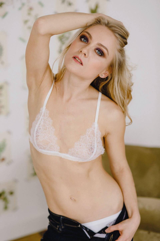 Erotic bra pictures