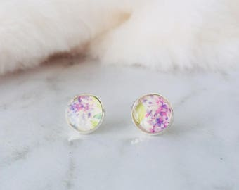 Resin Earrings/ Japanese Style Earrings/ Lavender Earrings/ Handmade Earrings/ Stud Earrings/ Earrings