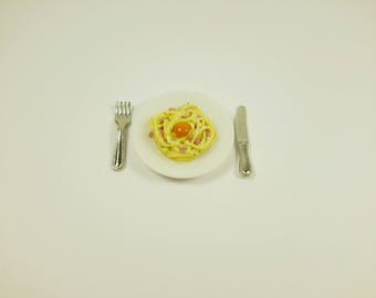 Miniature pasta carbonara , Spaghetti, dollhouse miniatures, miniature food, dollhouse food, 1:12 scale, Polymer clay food, realistic food