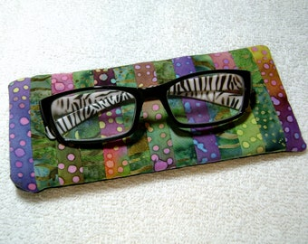 Fabric Eyeglass Case - Quilted Eyeglass Case - Glass Case - Batik Fabric Case - Sunglass - Handmade Case - EGC2