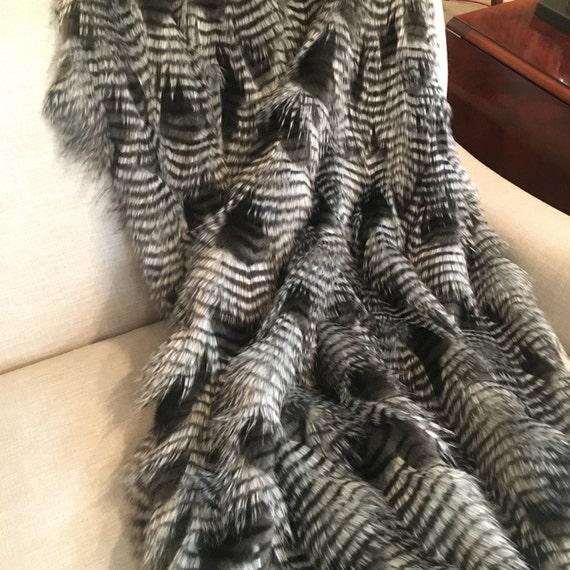 Pheasant Feather Throw Blanket, Faux Fir Throw Blanket, Throw Blanket, Sofa Throw, Winter Throw, Cabin Throw, Rustic Throw, Blanket