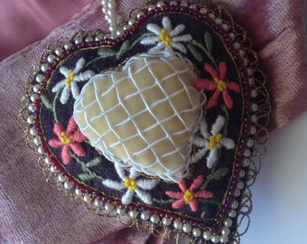 Folk Heart Pendant, Embroidery, Statement heart, Girly, Lolita, Vintage style