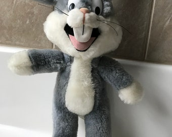 VTG 1993 Mighty Star Bugs Bunny Character Plush Doll 10 inches