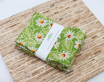 Large Cloth Napkins - Set of 4 - (N2697) - Green Floral Daisy Modern Reusable Fabric Napkins