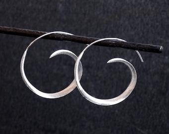 Silver Hoop Earrings, Silver Hoops, Swirl Hoop Earrings, Modern Earrings, Minimal Earrings, Sterling Silver Earrings, 925