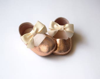 Rose Gold Toddler Girl Shoes, Leather Baby Girl Shoes, Flower Girl Shoes, Baby Girl Gift, First Birthday Outfit, Sparkle Baby Shoes