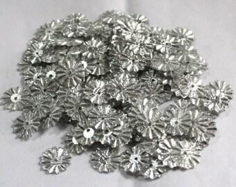 100 Silver Color /Flower sequins/Shimmering Effect/PSF613