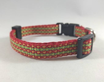 Cat Collar - Handwoven; Adjustable; Breakaway safety buckle; Green, Red, and Gold - So Christmas-y; Optional tag