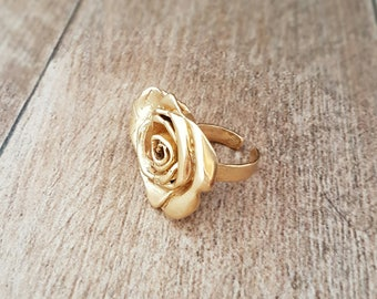 Romantic Flower Ring - Gold Plated Brass Statement Ring - 3.8cmX2.5cm
