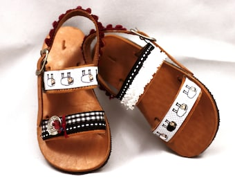 Gladiator sandals baby girl, kids shoes girl, boho baby girl outfit,leather shoes soles, ethnic shoes for kids,brown leather sandals,pom pom