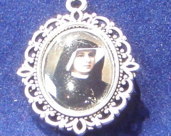 Saint Maria Faustina Religious Medal, Divine Mercy, Patron saint of  dying, poor and sinners,