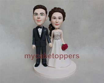 custom wedding cake topper figuirne personalized cake topper wedding gift wedding bobbleheads cake topper for wedding bride and groom SALE