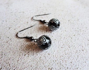 Floral dangle earrings, Black and white earrings, Flower drop earrings, Unique earrings, Everyday jewellery, The Monochrome Collection