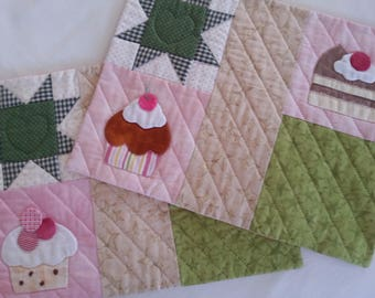 set of quilted place mats with appliqued cup cakes/ place mats patchwork sweets/ quilted place mats chocolate cakes /quilted mug rug sweets