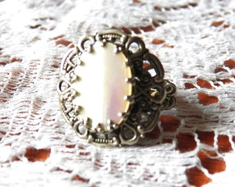 Beautiful Mother of Pearl Western Germany Ring