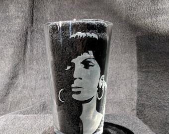 Uhura - Star Trek Pint Glass