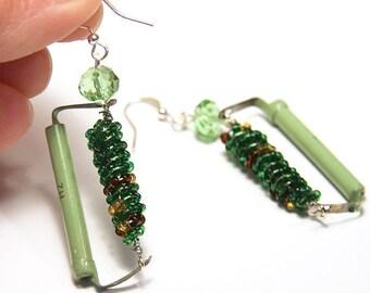 Statement Jewelry Ideas Wearable Tech Jewelry Green Tesla Coil Resistor Steampunk Earrings Electronic Eco Friendly Crystal Sterling Silver