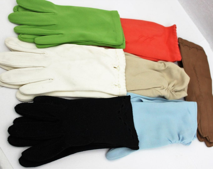 7 Pair Vintage Mid-Century Ladies/Girls Gloves Size Small and Medium