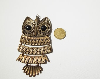Big Vintage Owl Pendant
