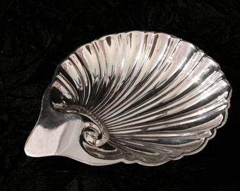 Vintage Hallmarked Sterling Silver Shell Dish- 51 grams