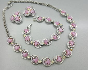 Necklace Bracelet  and Clip Earrings  Pink Thermoset Art Deco Styling silver  tone Set Parure