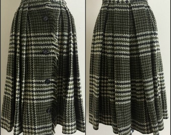 Vintage Pleated Accordion Green and Cream Skirt / Century of Boston Women's Size 0, XS
