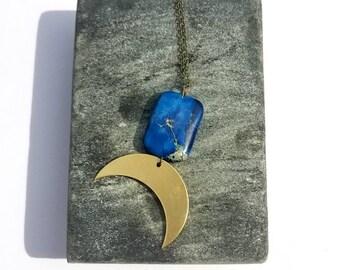 Crescent moon pendant necklace,brass pendant//Bohemian pendant necklace//brass horn necklace// mixed media necklace// Modern mixed metal