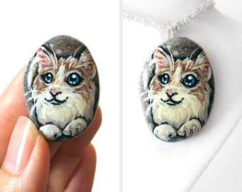 Ragdoll Art Cat Necklace, Memorial Gift, Pet Portrait, Hand Painted Pebble Jewelry, Beach Stone, Cat Pendant, Pet Loss, Animal Painting