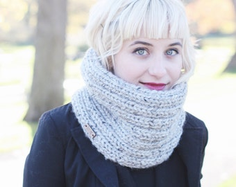 Knit accessories, Women's chunky knit infinity scarf, winter scarf, infinity scarf, chunky knit scarf, chunky knit, winter fashion | The Mir