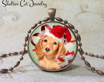 "Christmas Golden Retriever in Santa Hat Necklace - 1-1/4"" Circle Pendant or Key Ring - Christmas Dog - Puppy - Holiday Present or Gift"