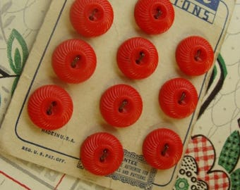 One Vintage Kitsch Red Button set on Original Card